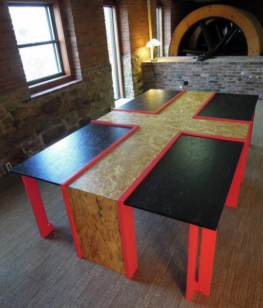 ConceptTile_Klandl_Custom_Table03